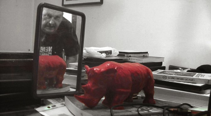 """Walking With Red Rhino – A spasso con Alberto Signetto"" di Marilena Moretti"